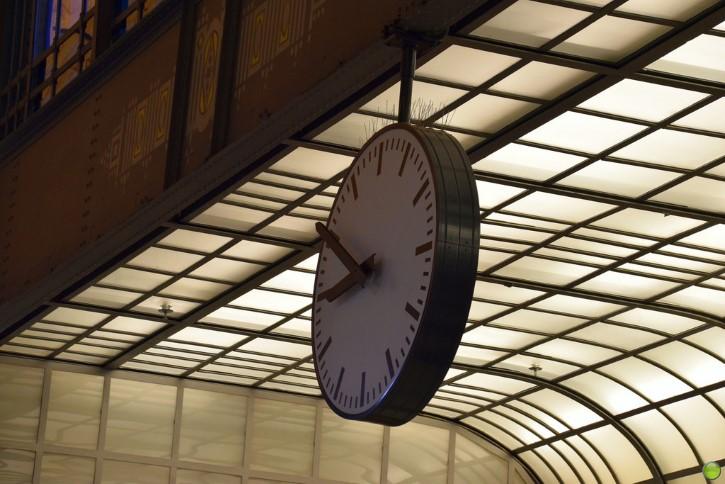 reloj estacion tres 20 50