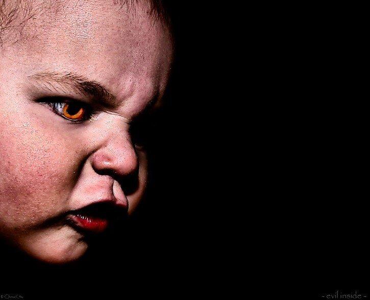 bebe demonio