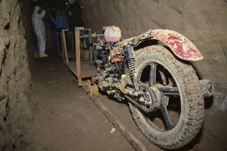 moto escape chapo guzman