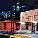 Stranger Things presentó una Chicago de los 80 llena de errores