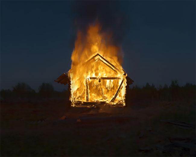 Danila Tkechenko villas incendio (7)