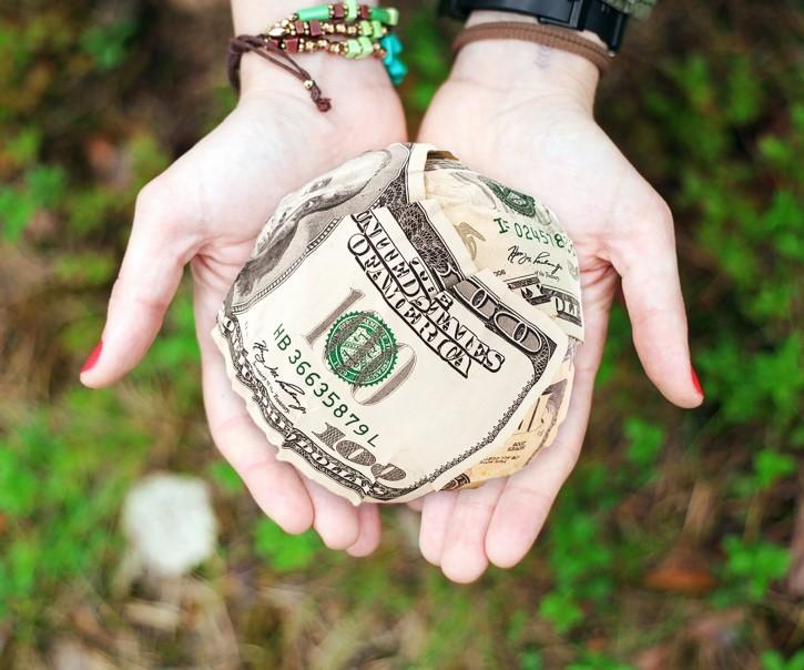 caridad donación de dinero