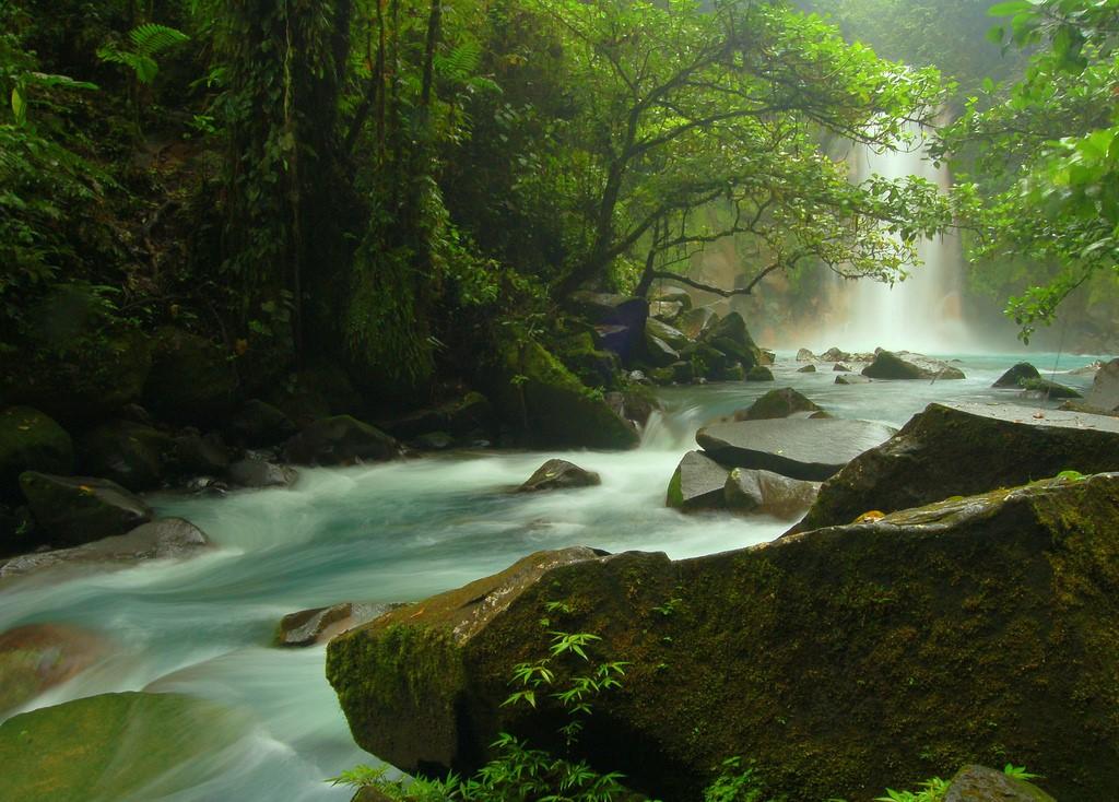 fotografia rio celeste costa rica HDR