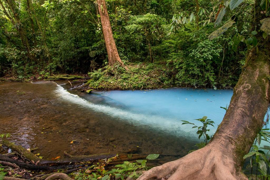 fotografia rio celeste costa rica dos tonos agua