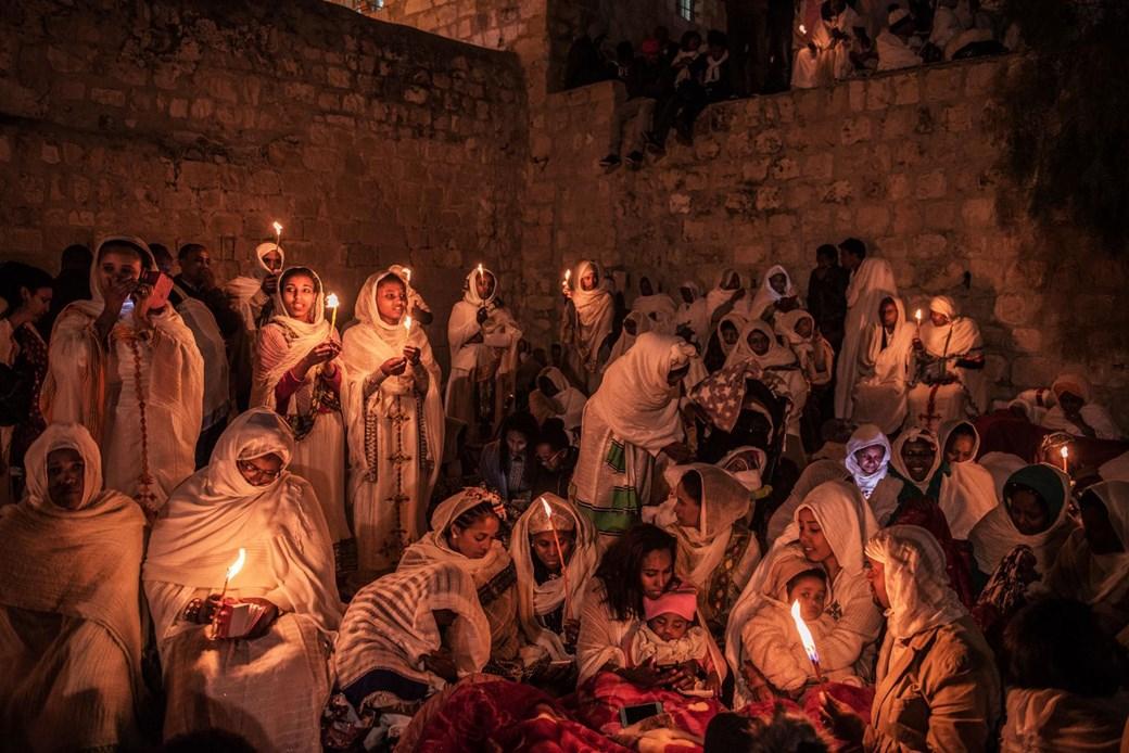peregrinos iglesia santo sepulcro