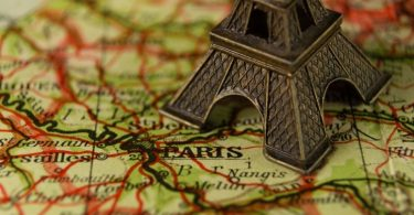 torre eiffel en miniatura