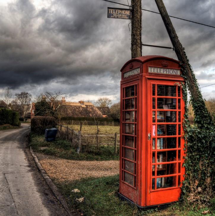 cabina telefonica roja