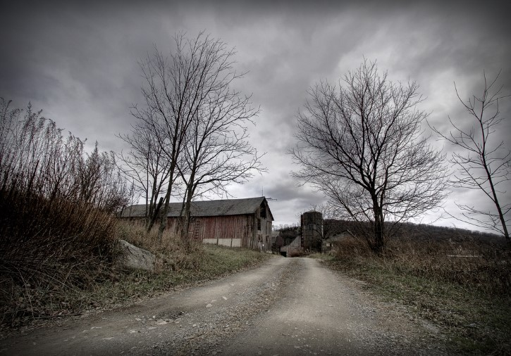 granero abandonado terror