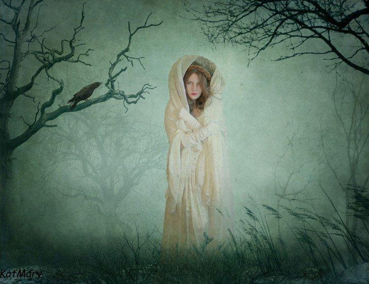 ilustracion mujer en medio del bosque