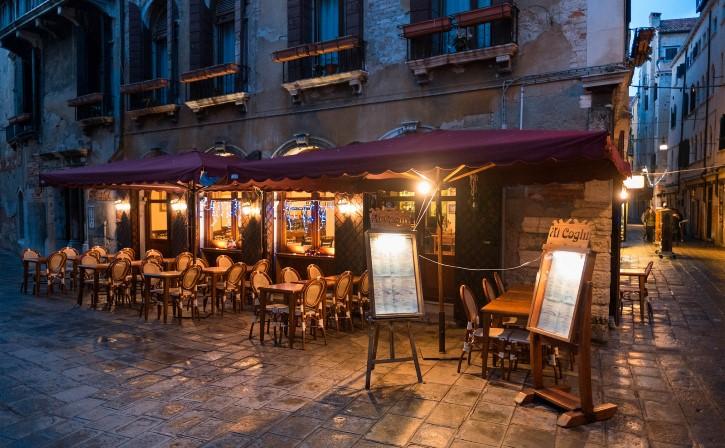 tipico restaurante en Venecia