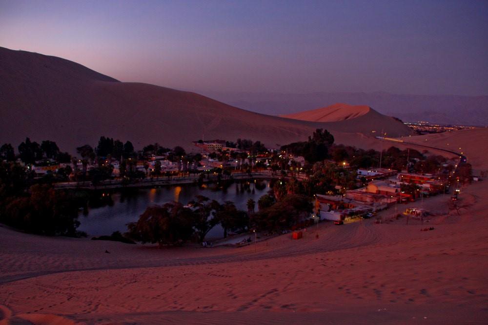 Huacachina oasis en peru (1)