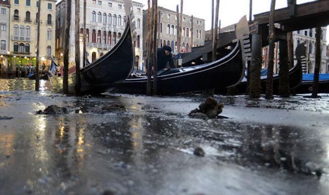 Canales de venecia secos (7)
