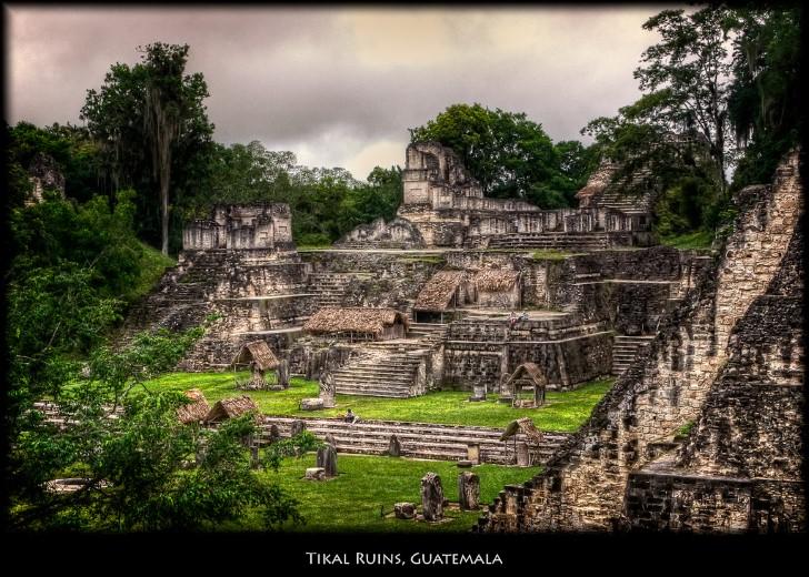 Ruinas tikal en guatemala