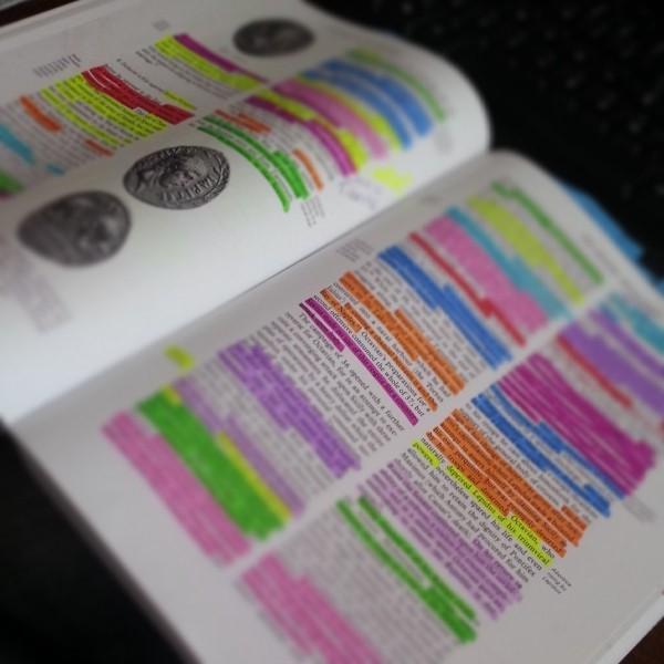 Libro con marcatexto