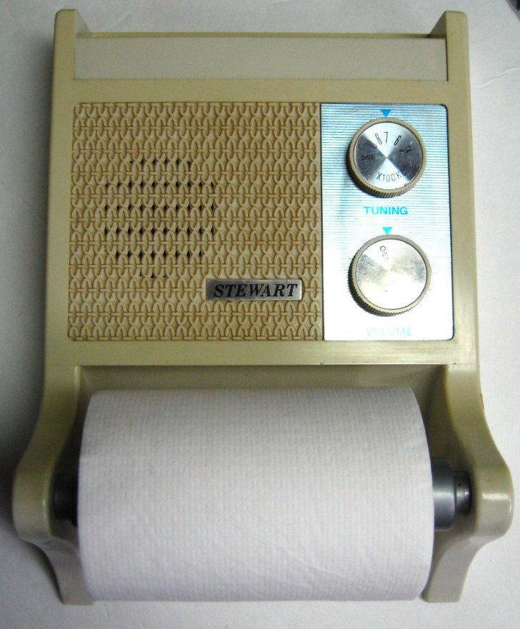 Radio porta papel higienico 1970