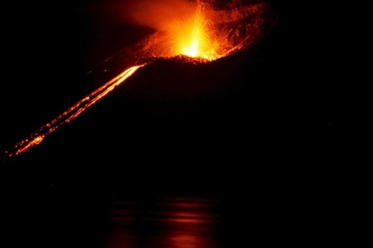 Erupcion volcan krakatoa