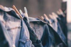 Jeans en el tendedero