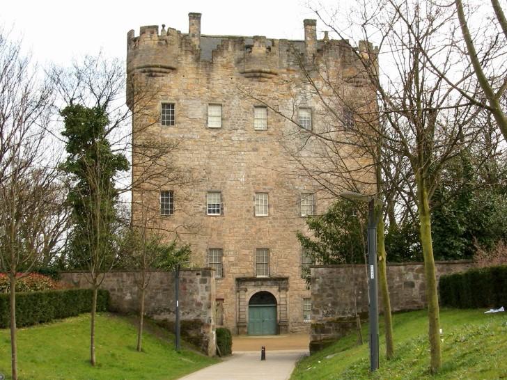 Torre alloa en escocia entrada