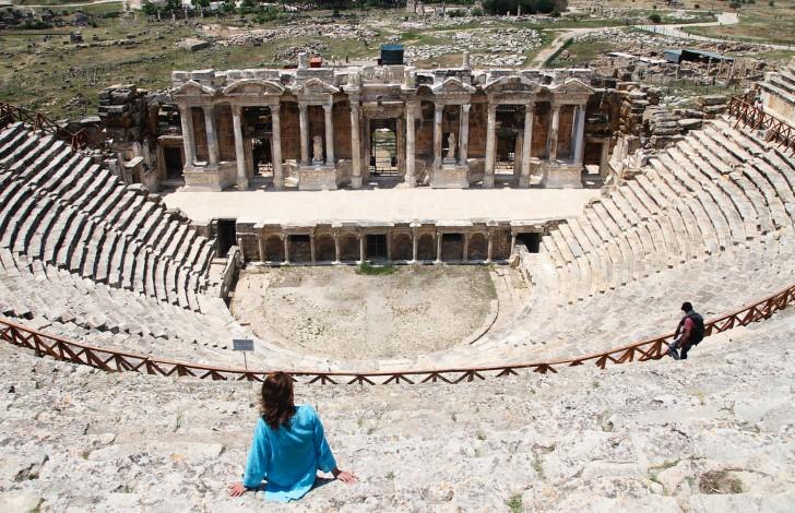 Hierapolis teatro ruinas