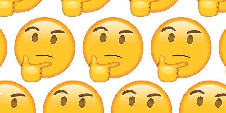 Meme emoji pensando