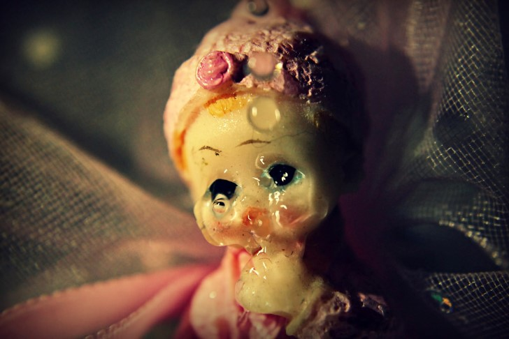 Muñeca llorando