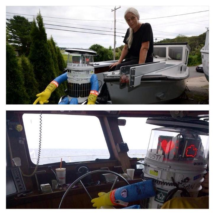 Hitchbot en barco