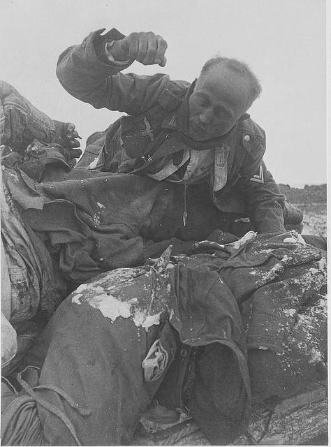 Soldado muerto por congelamiento en stalingrado