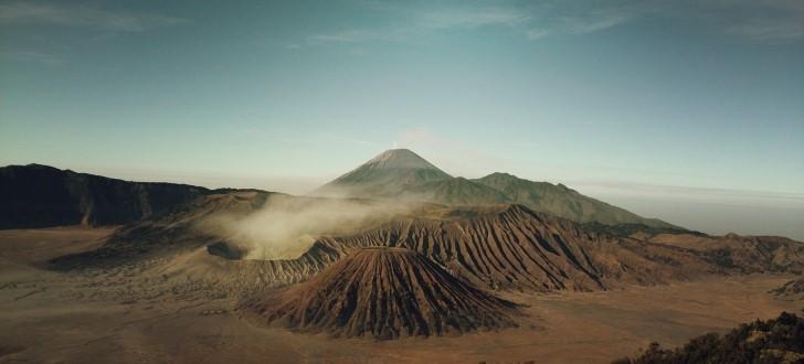 Volcanes paisaje islandia