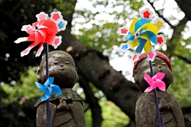 Statue mizuko jizo