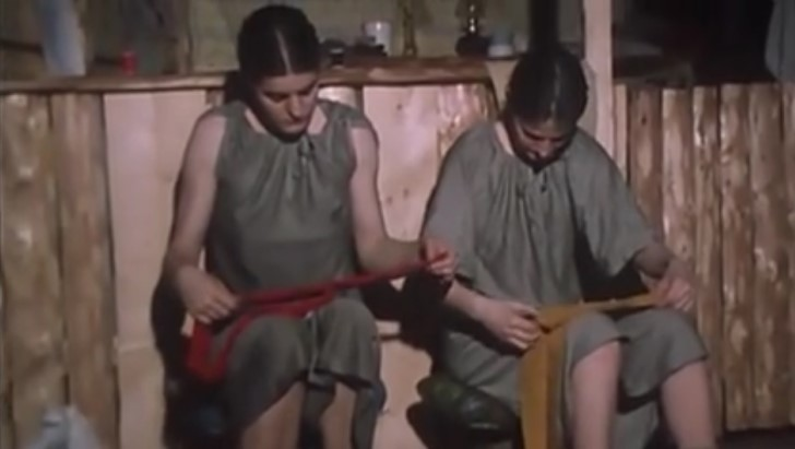 Mujeres de children of the ant hill