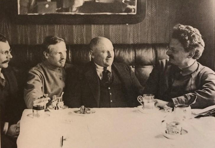 Leon trotsky en 1918