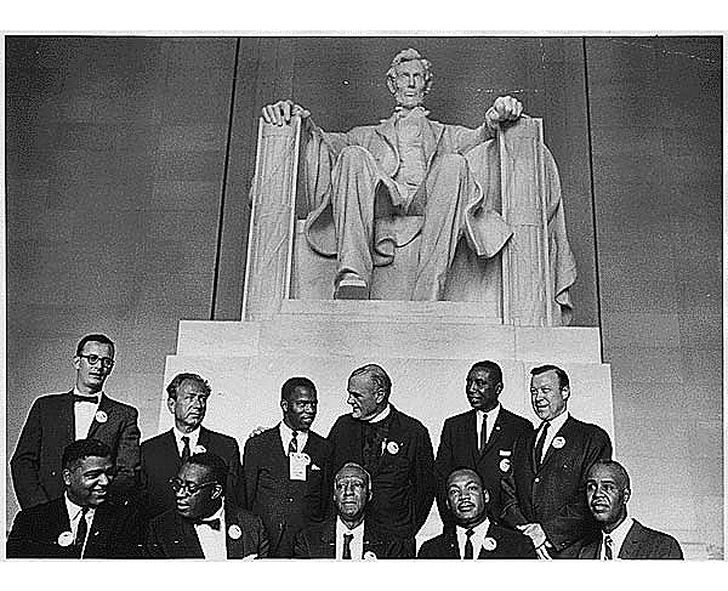 Martin luther king lincoln memorial 1963