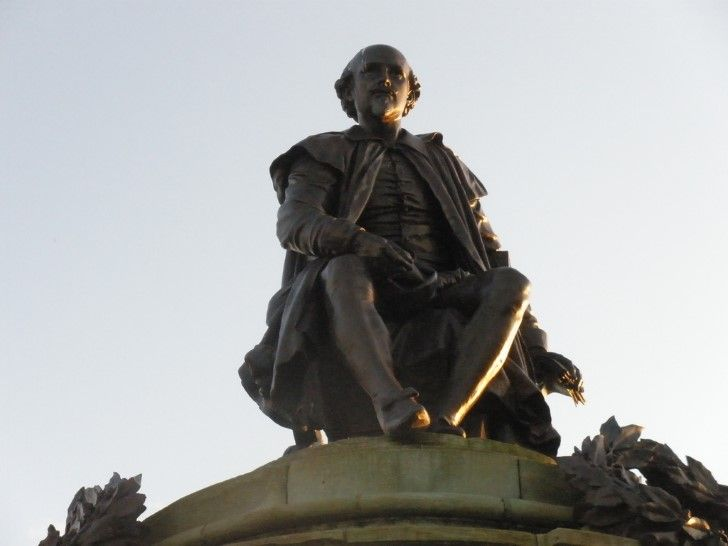 Estatua de shakespeare
