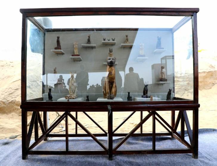 estatuas gatos egipto