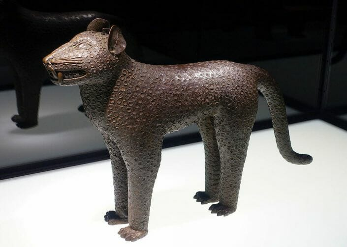 Leopardo aquamanile Nigeria Benin Kingdom 17th century AD brass Ethnological Museum Berlin