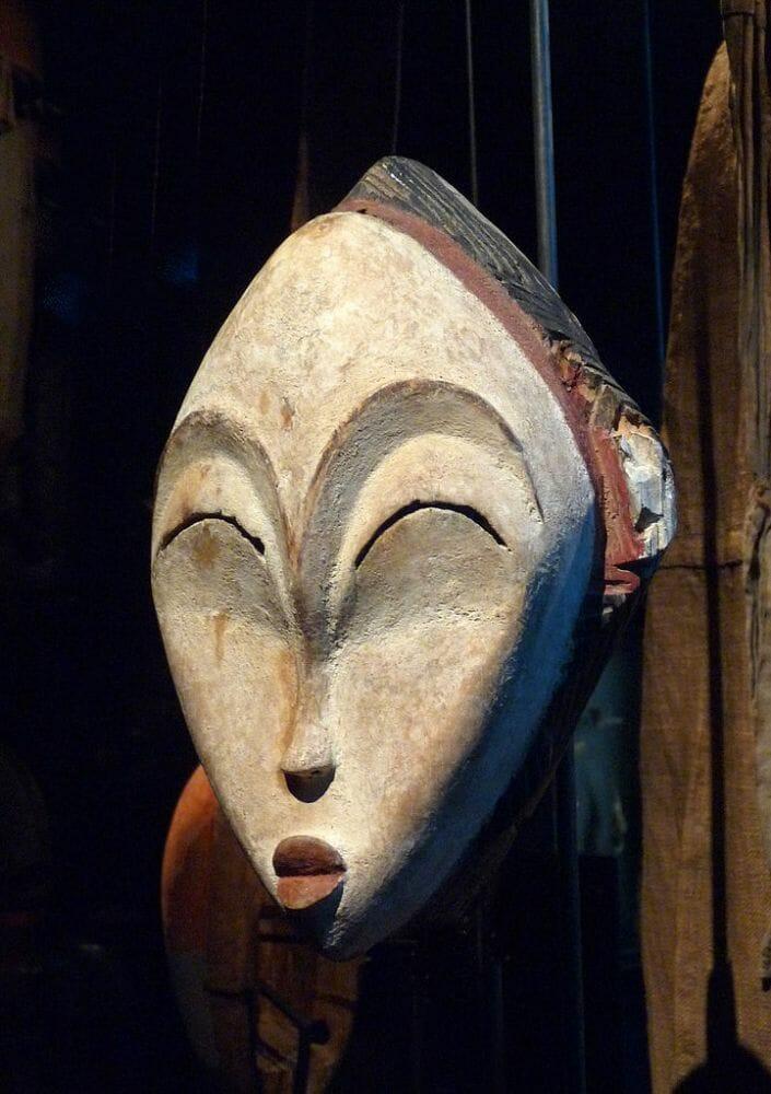 Masque blanc Punu Gabon