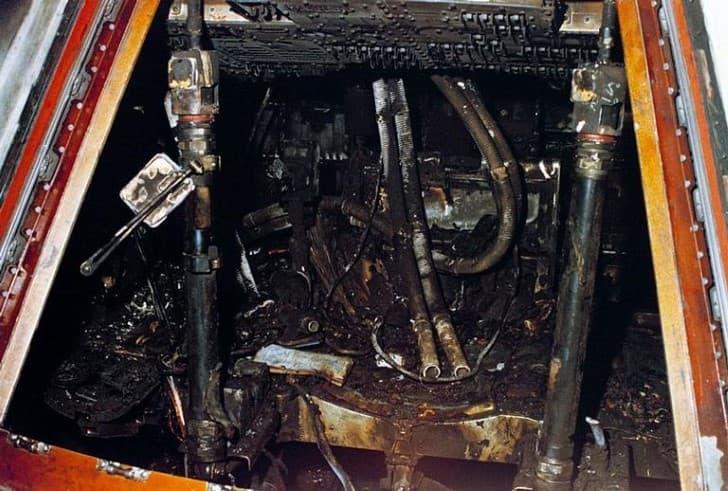 cabina incinerada del apolo 1