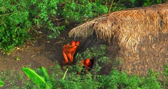 indigenas brasileños aislados