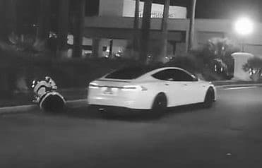 momento del accidente tesla robot