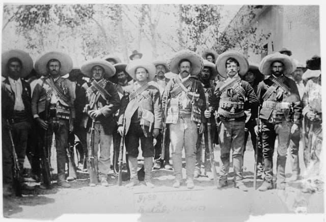 pancho villa y los revolucionarios