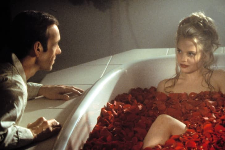 Belleza americana escena bañera