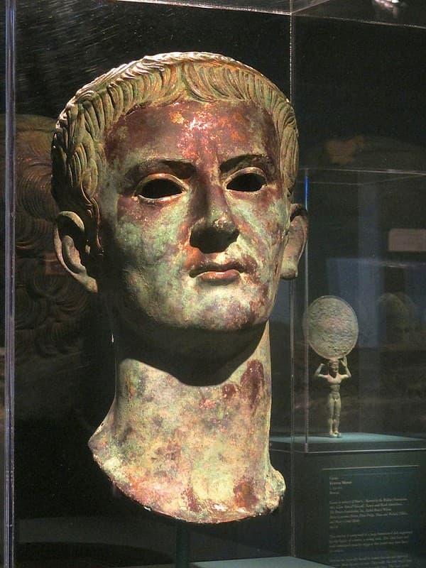 Caligula emperador
