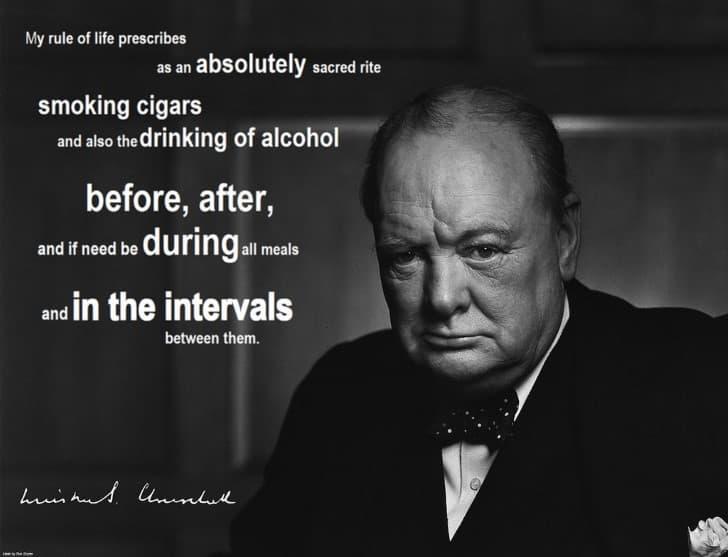 Winston Churchill adicto al tabaco