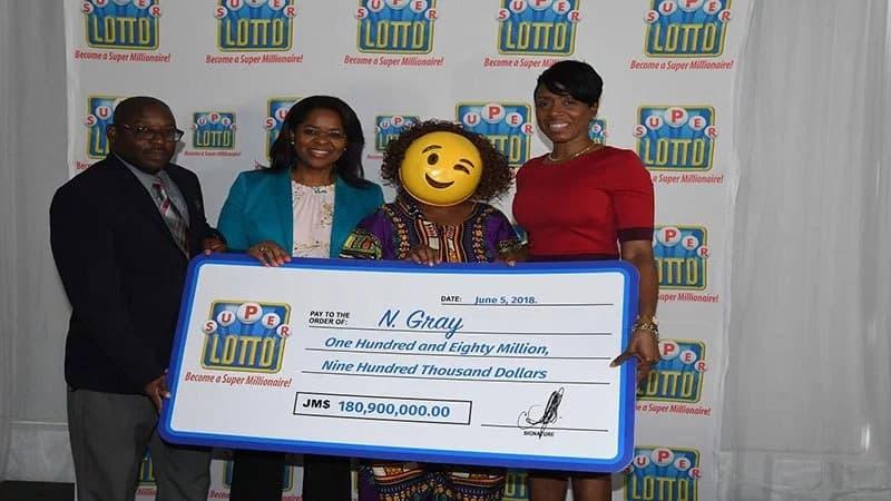 ganadores loteria jamaica mascaras (3)