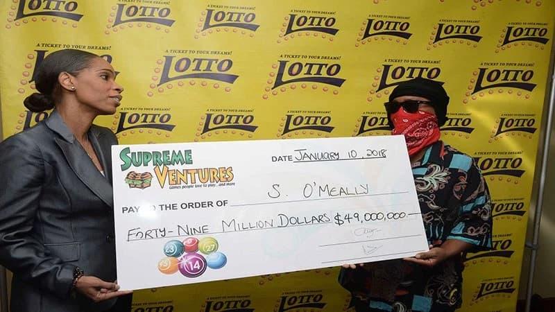 ganadores loteria jamaica mascaras (4)