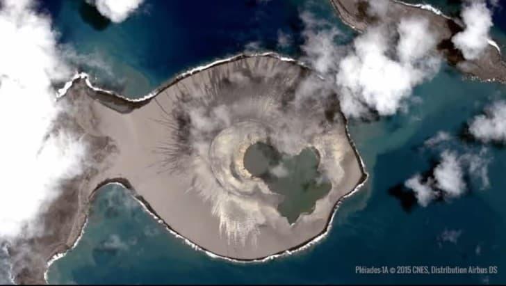 isla reciente formacion en tonga