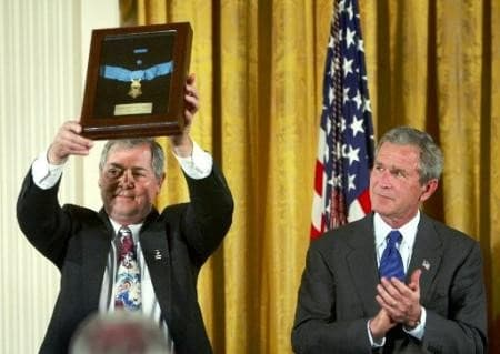 medalla de honor Humbert Roque Rocky Versace