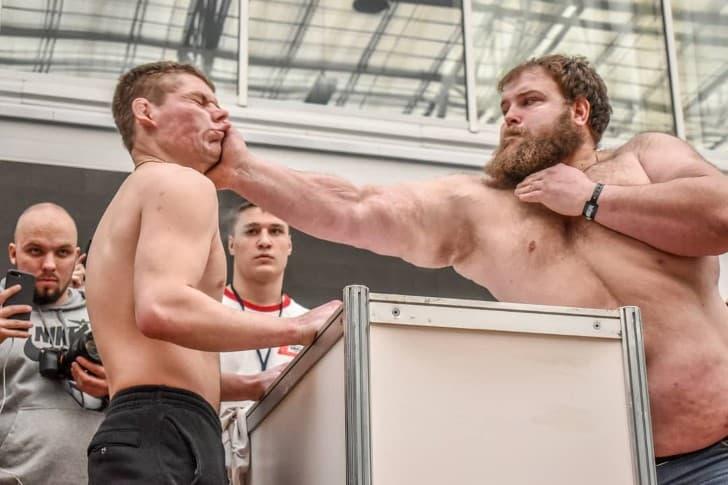 torneo cachetadas rusia (2)