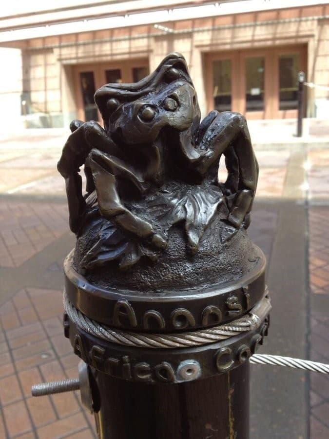 anansi escultura