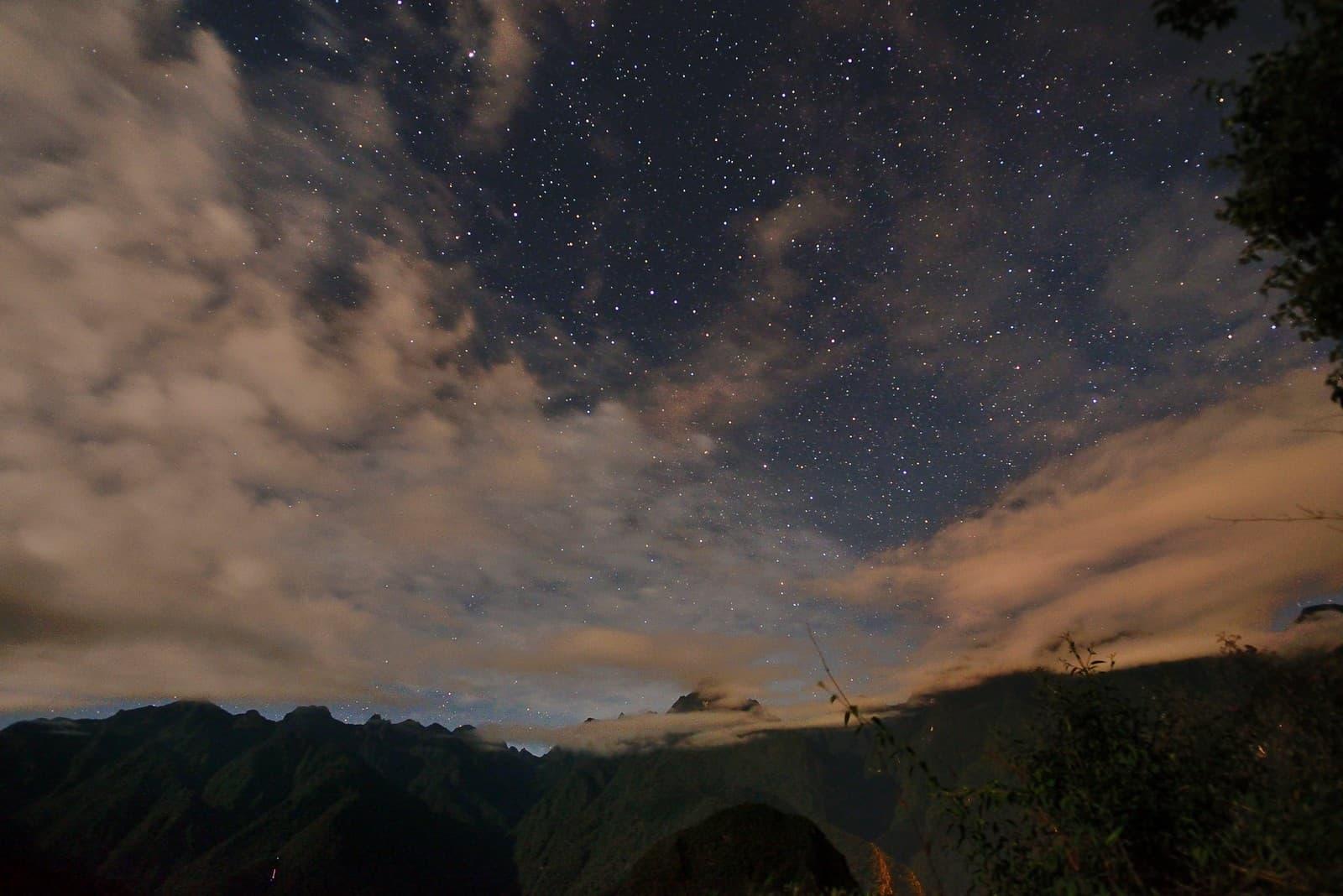 cielo estrellado sobre el valle sagrado